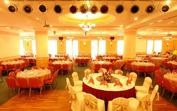 restaurant_phoenixcourt2